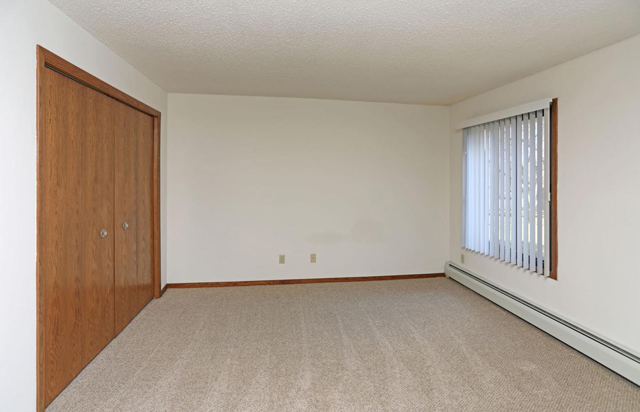 (2 Bedroom): Second bedroom