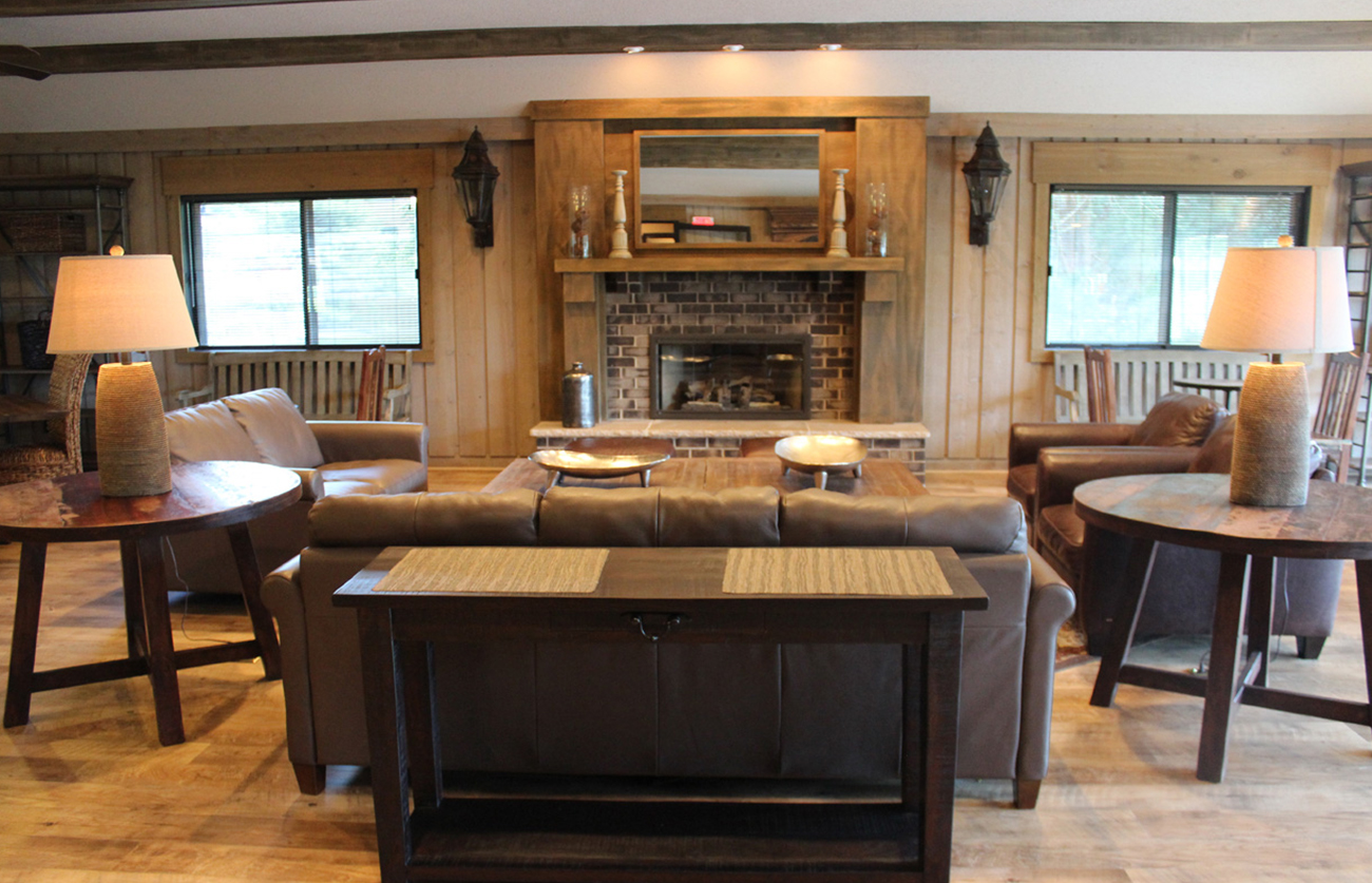Fully furnished party room with full kitchen